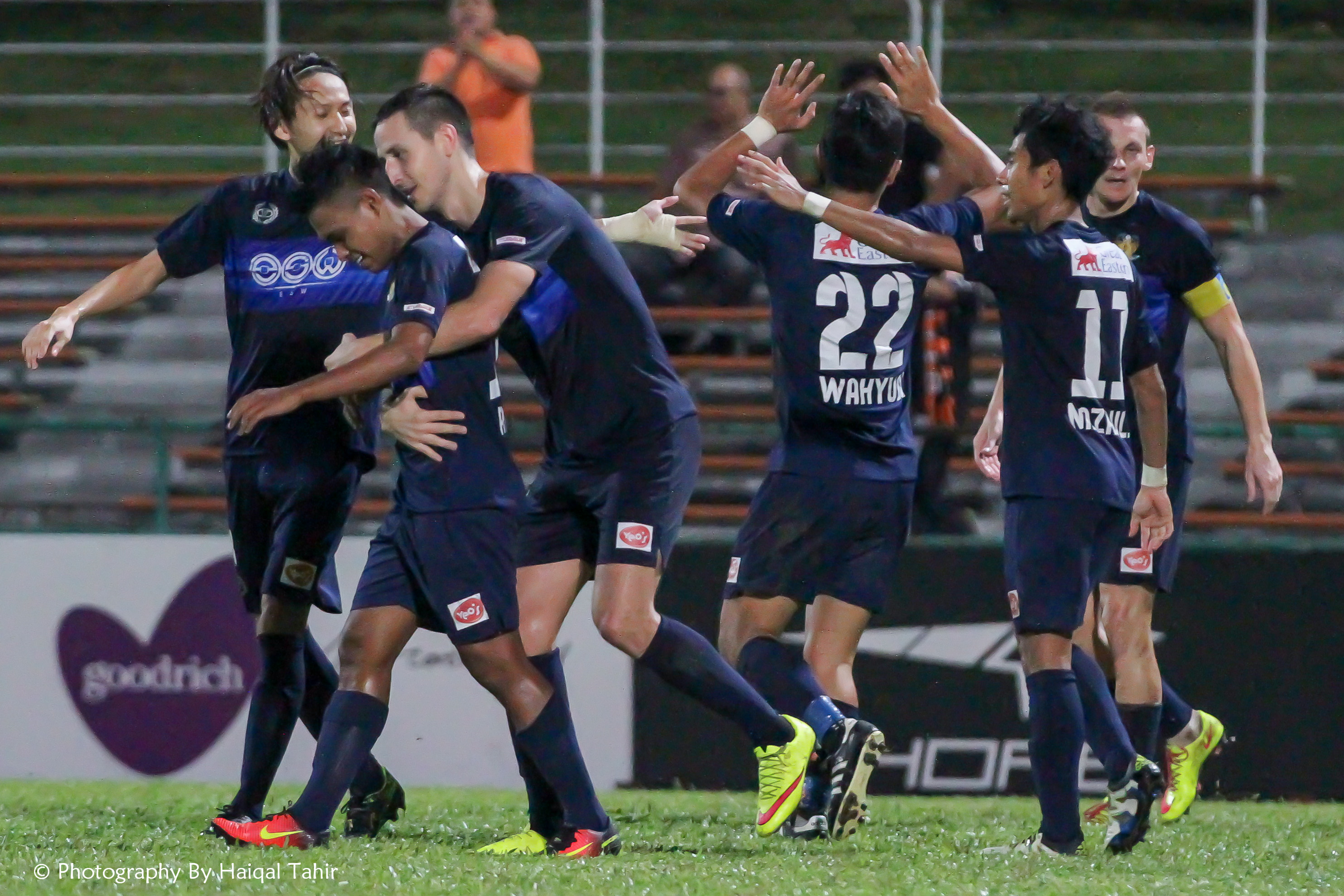 Ridho Jafri getting a hug from Stipe Plazibat after creating the 2nd goal of the match.